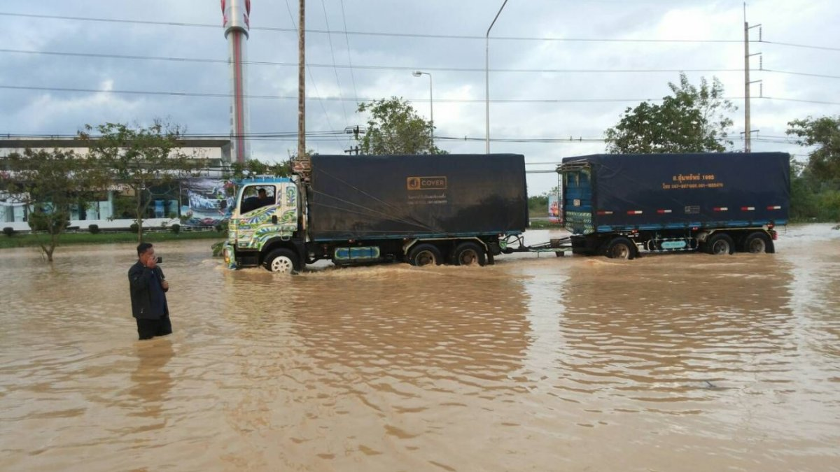 Chumphon grapples floods in Pabuk aftermath