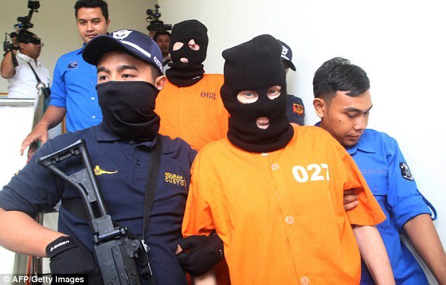 Briton & German arrested smuggling drugs from Thailand into Bali