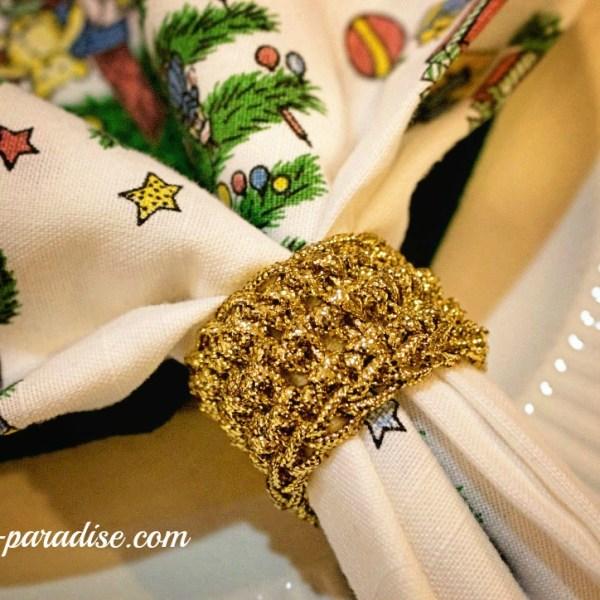 Free Crochet Pattern: Festive Napkin Rings