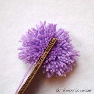 Tutorial: How To Make A Large Pompom