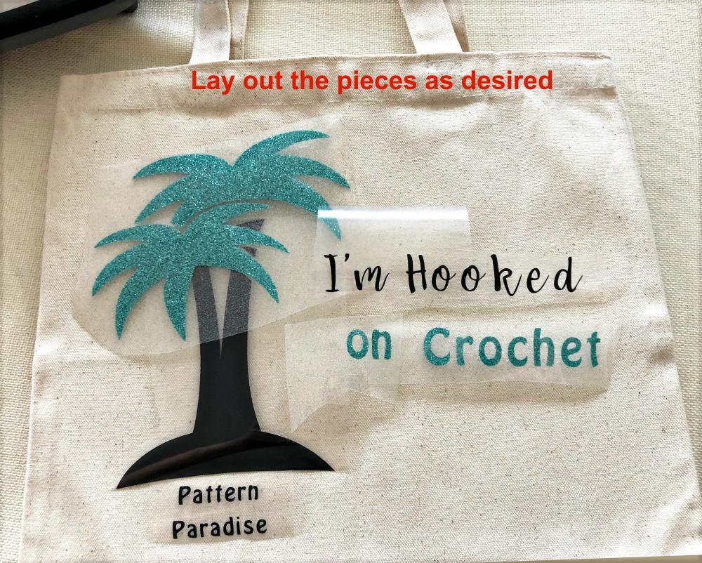 Crochet Project Bag | Cricut project on Pattern-Paradise.com #ad #patternparadisecrochet #cricut