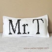 Mr_T crochet cushion