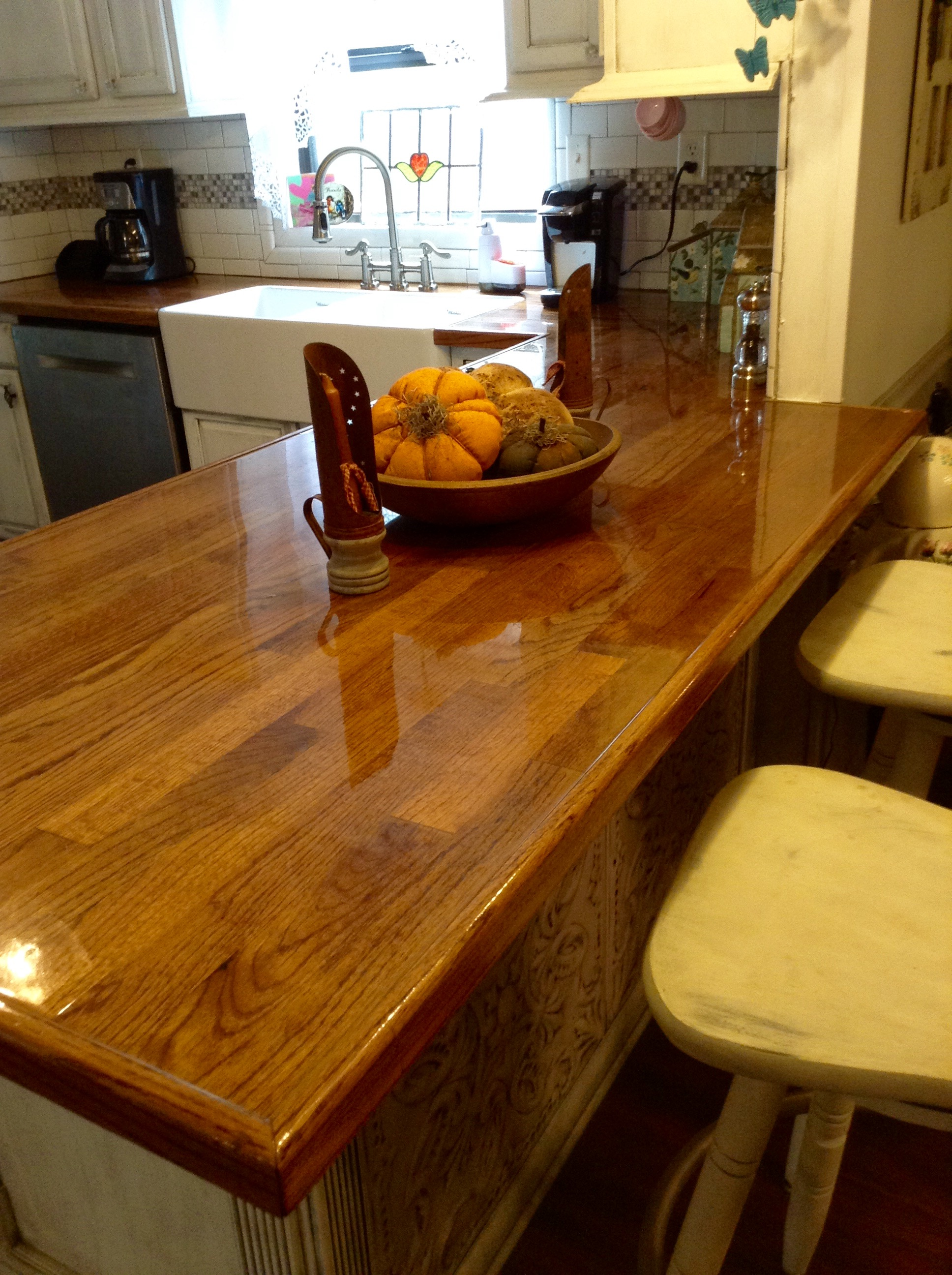 wood kitchen counters stainless steel shelf 20 ideas for installing a wooden countertop at your home