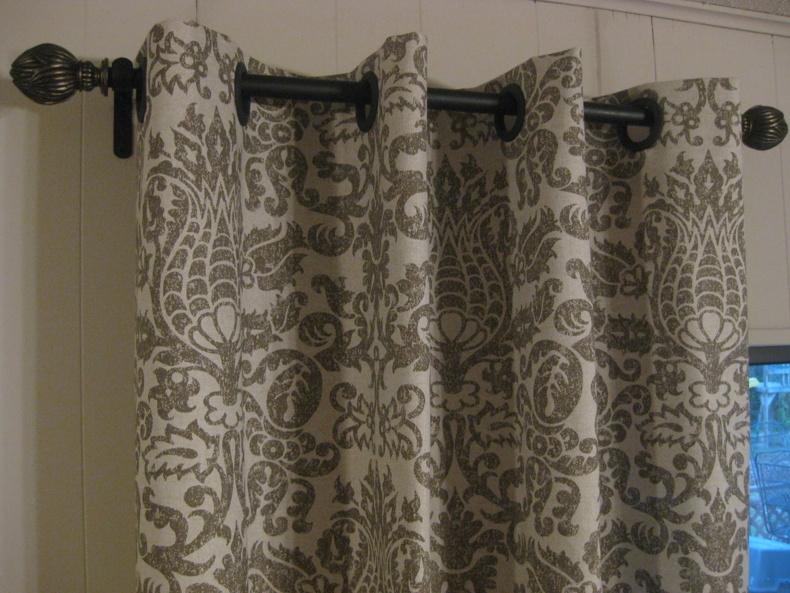 34 Inspiring No Sew Curtains For Your Windows