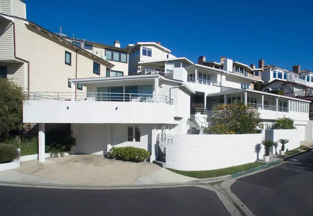 Warren Buffett's House - Emerald Bay Laguna Beach