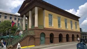 The entrance to the Charleston City Market.
