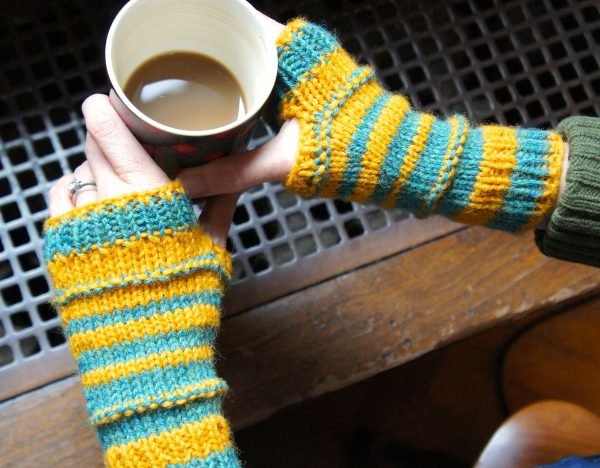 Bumble Bee Mitts