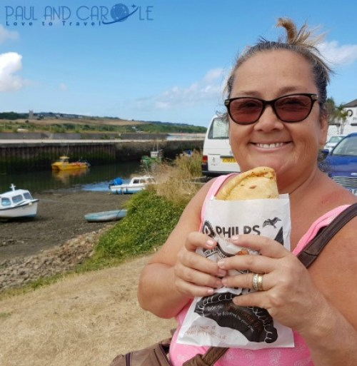 Beachside Holiday Park Hayle Cornwall Review #travel #uk #england #cornwall #hayle #camping #campsite #holiday #park#beachside #travelling #travellers #beach #review #paul #carole #pasty #pasties #warrens #shop