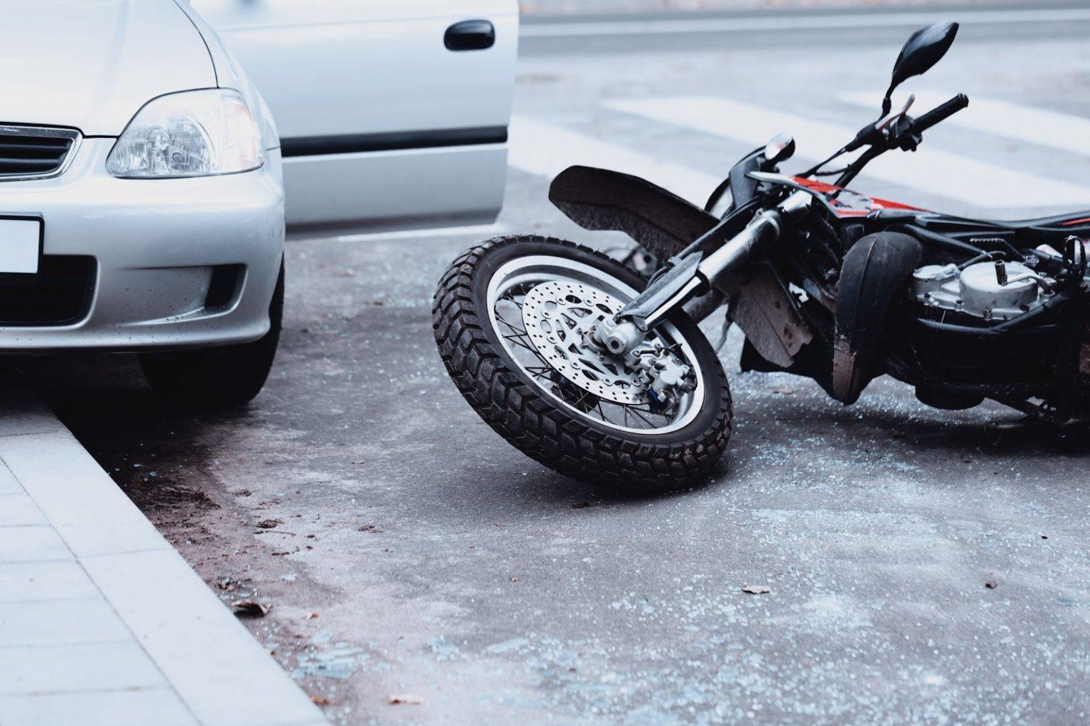 Mitchell proner es un abogado de lesiones personales en nueva york experto en accidentes de moto. Abogado de Accidentes de Motocicleta en Chicago | Paul y Steve