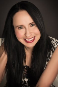 Author Lisa Renee Jones