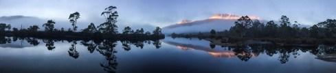 Lake St Clair, dawn