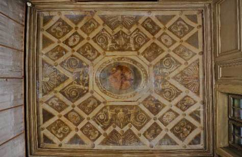 The ceiling of the antechamber