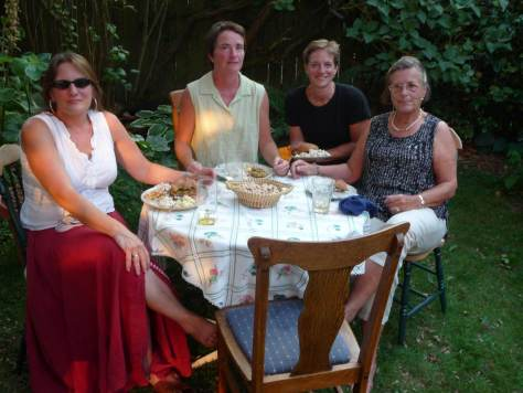 In the back yard, left to right:  Meg Pasquini, Jane Shapira, Claudia Levi and Gisela Levi