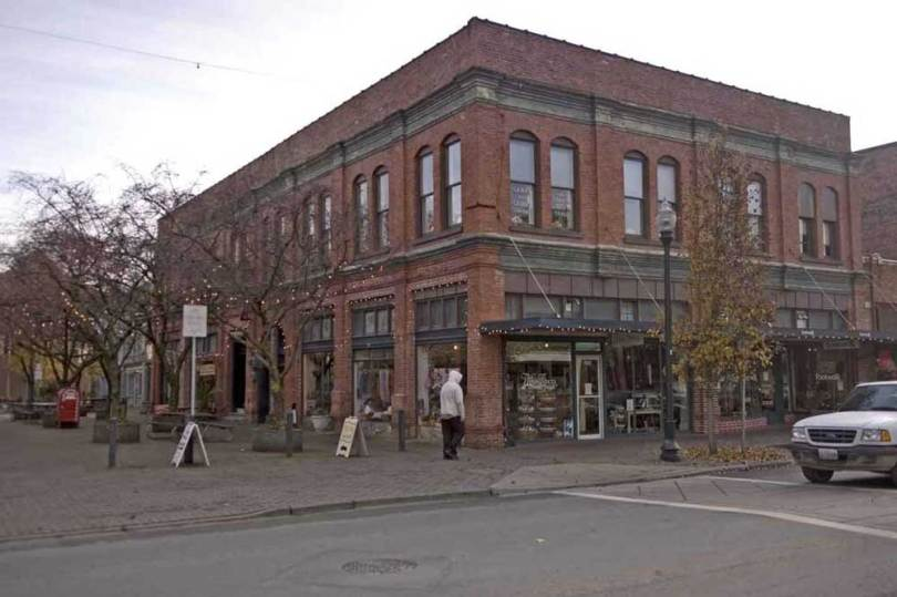 Jean's repeat of the Skagit County Courthouse ca. 2007.