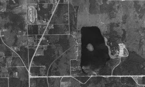 1936 aerial of Lake Ballinger with the Seattle Speed Bowl in the upper-left corner.  (Courtesy Ron Edge)