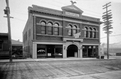 The first Eagles Hall, at the southeast corner of 7th and Pine.  (Courtesy MOHAI)