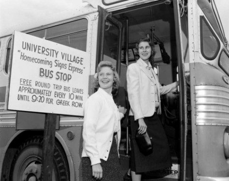 7. RD---'Youngsters-entering-a-bus'-for-Kraft-Smith-&-Ehrig-(University-Village)-(a)-10-7-59