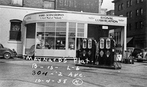 "Harry ""I ain't mad at nobody"" Schneiderman's Signal Station snugged in the triangle on the east side of the Second Ave. Extension, on Oct. 4, 1938.  (Courtesy, Washington State Archive, Bellevue Community College branch)"