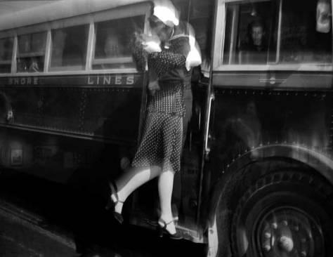 Bus-Depot-Kiss-WEB