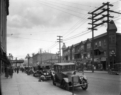"""""""As seen from"""" the northeast corner of 5th and Pine with the Frederick & Nelson south facade on the left. (Courtesy, Museum of History and Industry)"""