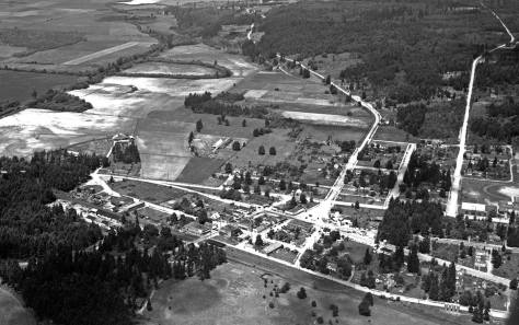 Also from June 14, 1939 and looking north.