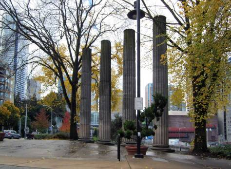 Two years earlier, again riding with Ron on one of our lunchtime visits with Rich Berner, I snapped this autumnal record of Plymouth PIllars Park on Oct. 29, 2012.