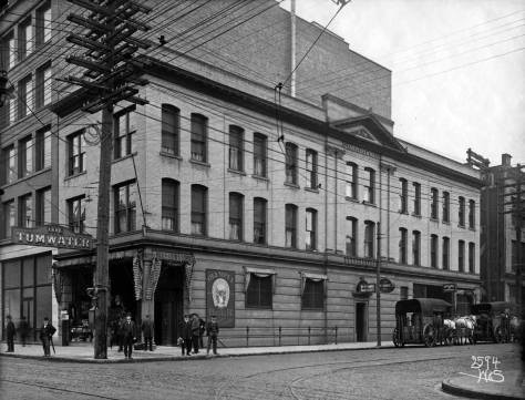 The Tumwater Tavern facing First Ave. South from the Rainier Hotel recorded, again, by the Webster and Steven Studio. It served as the editorial photographer for The Seattle Times for many years.