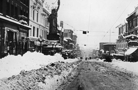 1916 Big Snow, First Ave. looking south toward Pike Street with the Liberty Theatre on the left.