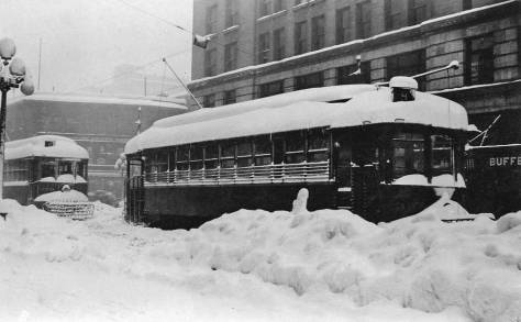 1916 Big Snow looking west on Pike towards Fourth Avenue.