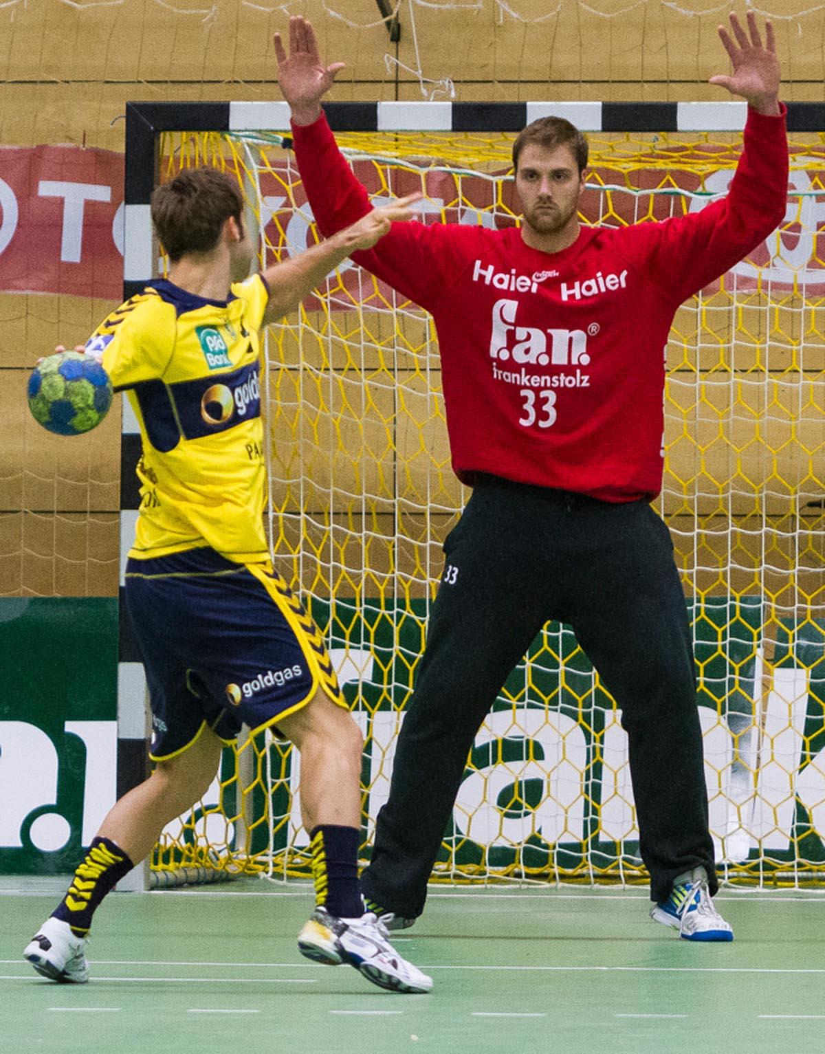 HANDBALL DomEscher Handballer auf dem Weg ins