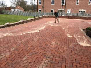 Sanding large driveway