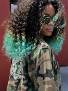 Keep the dye on the ends to protect the hair