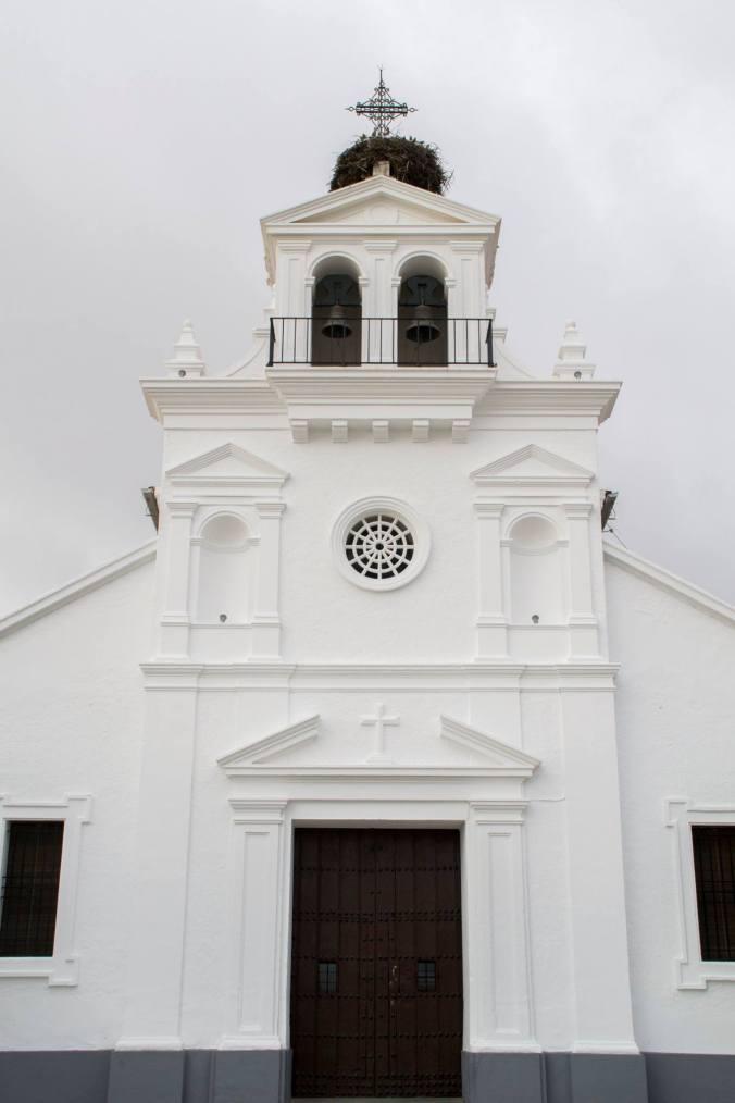 Fachada de la Iglesia del Cristo en Granja de Torrehermosa