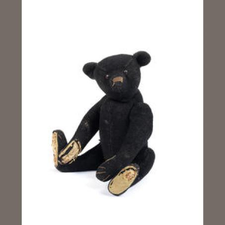 The Titanic Mourning Teddy.