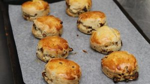 Dates Scone (Daily Mail)