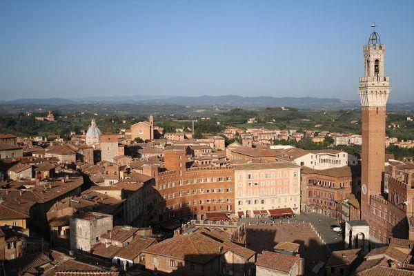 Siena Copyright - Massimo Catarinlla