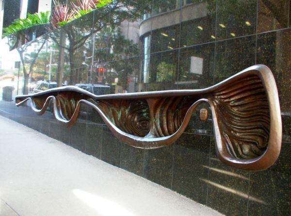 Tom Bass Sculpture in Sydney
