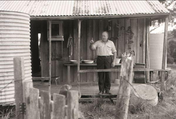 Les Mjurray's father Cecil.