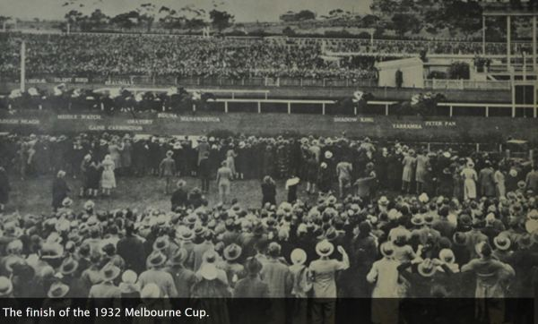 Peter Pan wins the 1932 Melbourne Cup.