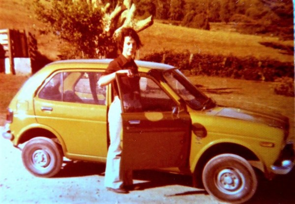 I got my driving licence at 18.This was my third car.