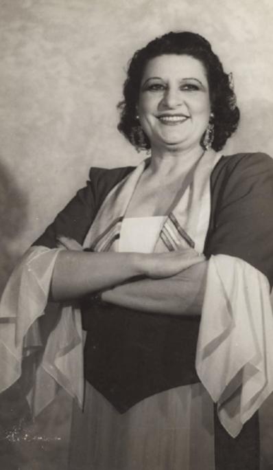 Australian singer Gladys Moncrief.