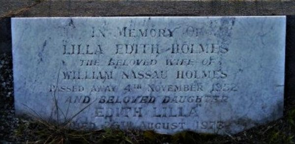Grave of Edith Holmes.
