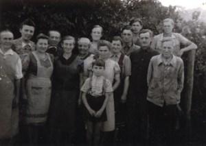 Die Kutschlauer Familien in Paulinenaue, 1947