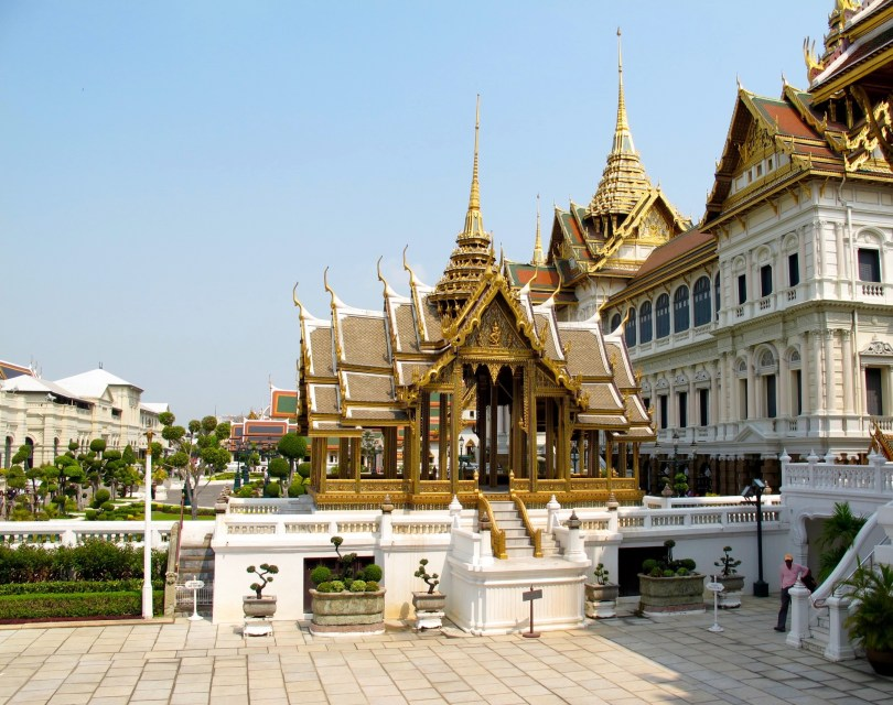 10 Highlights from Bangkok City, this is the Grand Palace