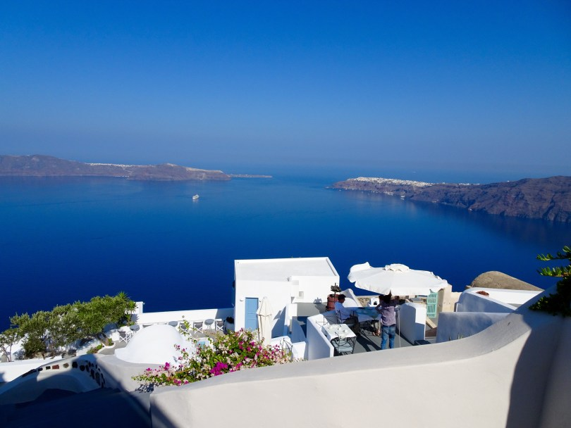 7 Crucial things to do in Santorini when having 48 hours - Pauline Travels blog