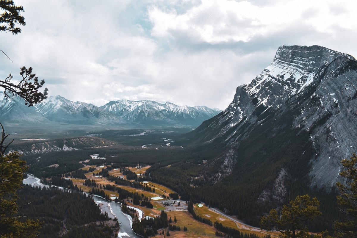 Photo of mountains in Banff, Canada by Will Tarpey on Unsplash
