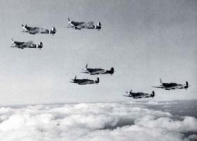 e_Spitfire-VBs-1941-595x426