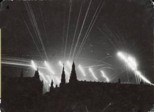 PPP_Kremlin-bombed-1941-595x434