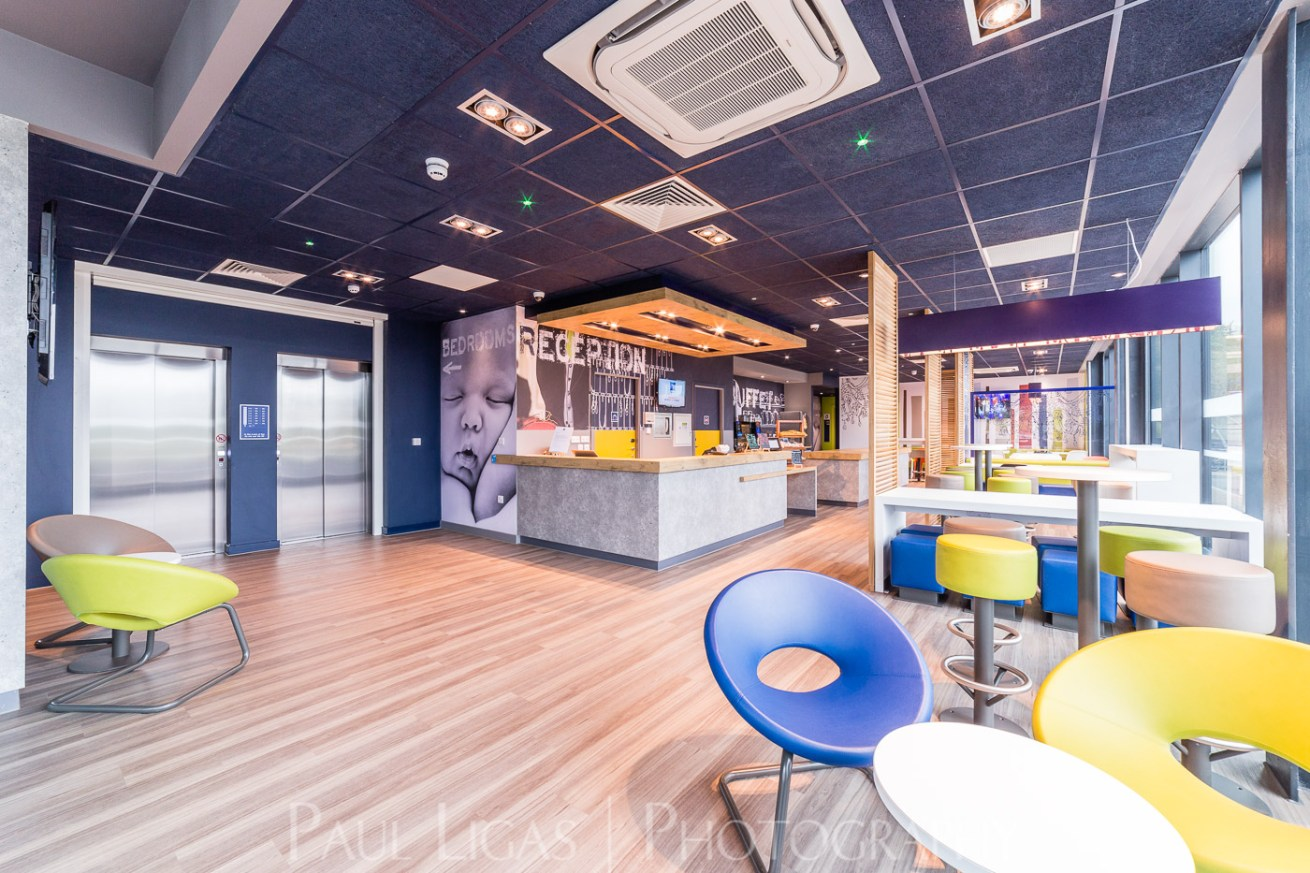 RGB Group, Hotel Ibis Budget, Luton Airport Architecture property photographer photography herefordshire 5787