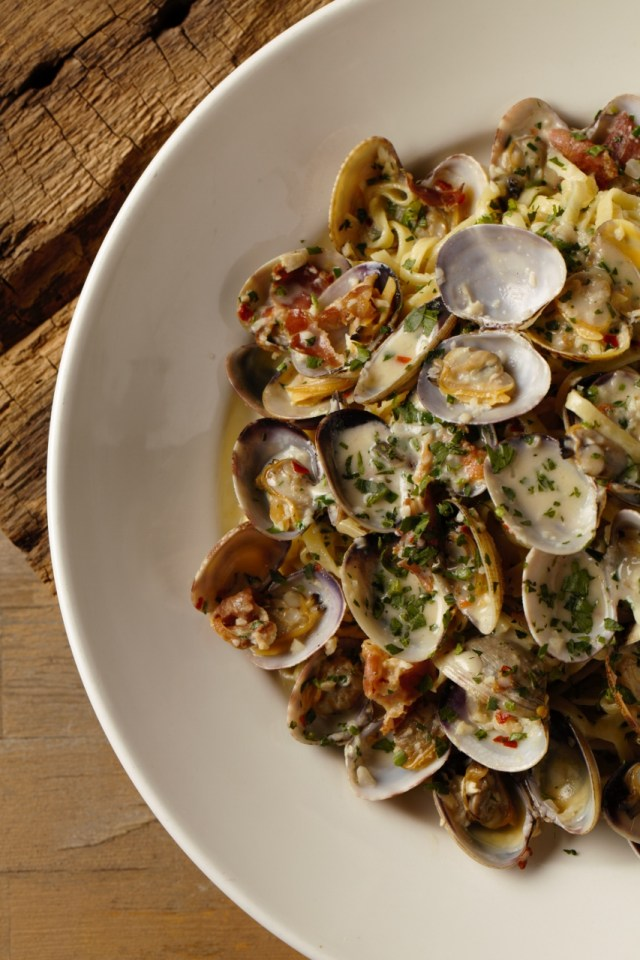 Linguine-and-Clams